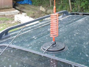 A 7 inch Supergripper magmount on the roof of a Vauxhall Frontera